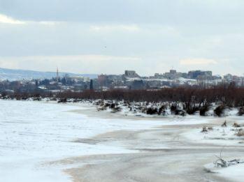 Meriç Nehri dondu