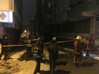 İstanbul'da bir apartmanın çatısı çöktü