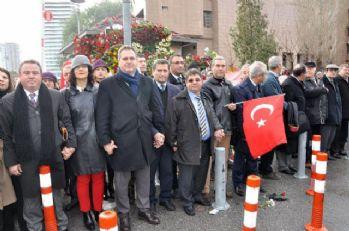 İzmir'de avukatlar teröre karşı el ele