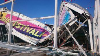 Eski AVM'nin çatısı çöktü