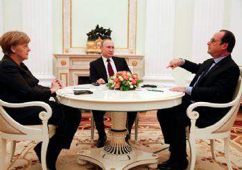 Putin, Merkel ve Hollande ile Ukrayna ve Suriye'yi görüştü