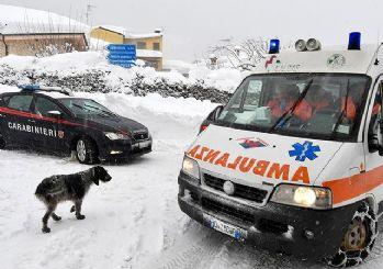 İtalya'da çığ oteli yuttu, en az 30 kişi öldü