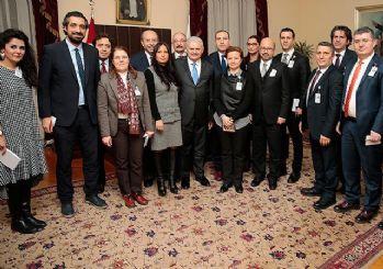 Başbakan Yıldırım'dan anayasa mesajı: Meydanlarda anlatacağız