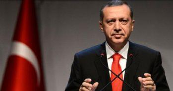 Cumhurbaşkanı Erdoğan ve Başbakan Davutoğlu, Milli Takım'ı kutladı
