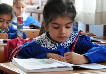 MEB okullarda öğretilecek yabancı dil sayısını açıkladı