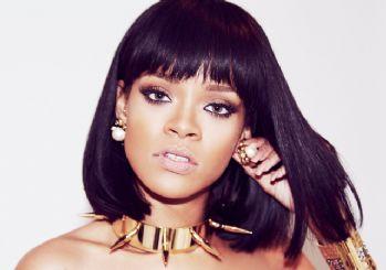 Rihanna'nın küvet fotoğrafı yeni akım başlattı