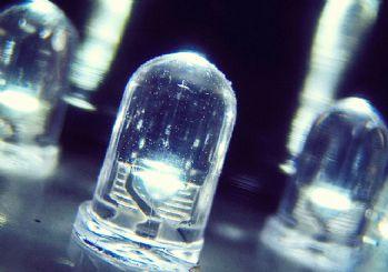 Li-Fi teknolojisi Wi-Fi'den tam 100 kat daha hızlı
