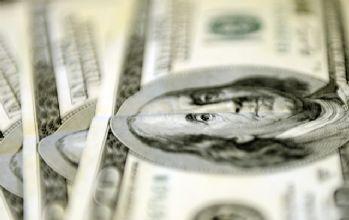 Dolar tepe taklak!