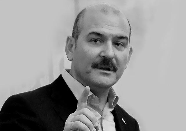 Soylu'dan Ertuğrul Özkök'e tepki: Edepsiz adam sen git nonoşlarla birlikte ol!