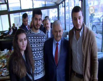 Başbakan Yıldırım üniversitelilerle buluştu