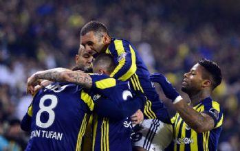 Liderin 26 maçlık serisine Fenerbahçe son verdi