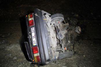 Düğün dönüşü feci kaza: Baba ve 2 oğlu öldü