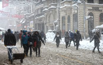 Meteoroloji alarm verdi! İstanbul'da kar yağışı ne kadar sürecek?
