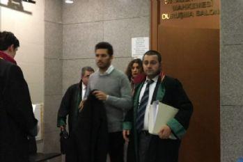 Rüzgar Çetin 'muşta' davası için adliyede