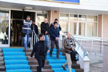 FETÖ'den gözaltına alınan 4 polis tutuklandı