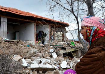 Çanakkale'de bir deprem daha! İstanbul ve İzmir'den de hissedildi