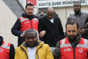 Afrikalı dolandırıcılar Türk iş adamını 230 bin TL dolandırdı