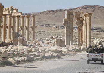 'Suriye ordusu, Palmira yakınındaki gaz sahasını ele geçirdi'
