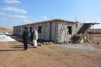 Göçebelere şimdi de kültür evi yapılıyor