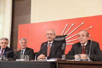 Kılıçdaroğlu, Hayır Platformu üyeleriyle biraraya geldi
