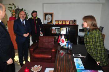 Bakan Müezzinoğlu'ndan CHP'ye ziyaret
