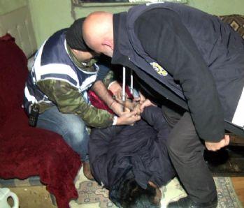 Kocaeli'de 327 polisle operasyon kamerada