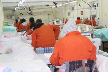 Referandumun oy torbaları kadın hükümlülerden