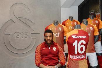 'Galatasaray'da oynuyorsanız şampiyon olmalısınız'