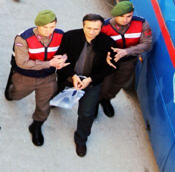 Cumhurbaşkanına suikast girişimi davası ertelendi