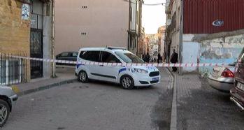 Fatih'te silahlı kavga: 3 yaralı