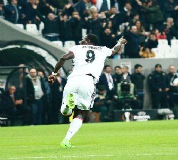 Beşiktaş'tan gol geldi