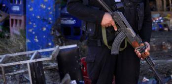 El Kaide polis merkezine saldırdı: 8 ölü