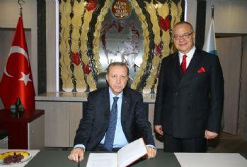 Cumhurbaşkanı Erdoğan'dan MHP'li başkana ziyaret