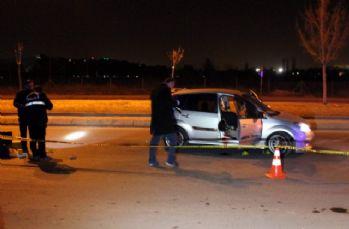 Otomobile tüfekle ateş açıldı: 1 ölü, 1 yaralı