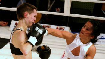 Dünya Şampiyonu Özlem Şahin ringe çıkıyor
