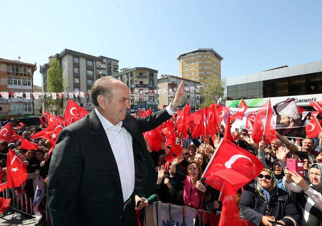 Kadir Topbaş'tan İstanbullulara müjde: 5 yeni metro