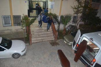İzmir'de korkunç olay: Naylon poşete sarılmış..