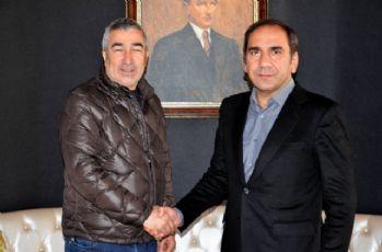 Sivasspor Samet Aybaba ile sözleşme imzaladı