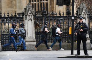 Başbakan May'dan kritik karar