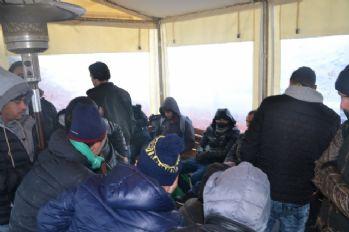 24 kaçak göçmen yakalandı