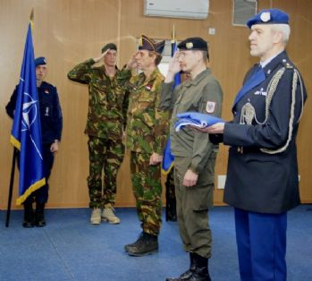 Hollanda askerleri Kosova'dan ayrılıyor