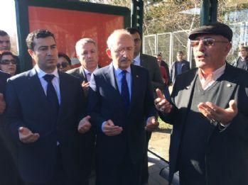Kılıçdaroğlu Kayseri'deki Şehitler Durağı'nı ziyaret etti