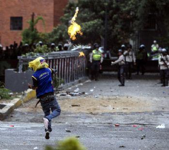 Venezuela'daki protestolarda ölü sayısı 11'e yükseldi