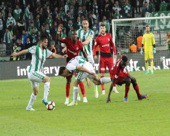 Atiker Konyaspor sahasında yenildi