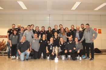 Avrupa şampiyonu VakıfBank yurda döndü