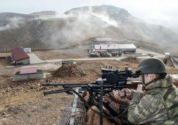 Mardin'de 3 askeri karakola saldırı!