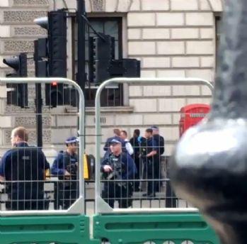 Londra'da 'saldırı' alarmı