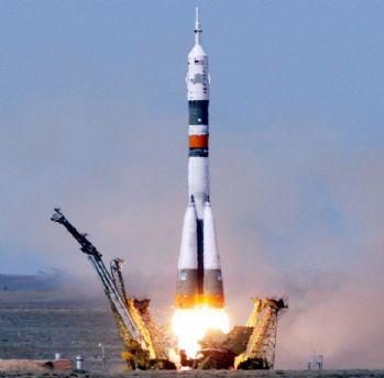 Soyuz'un kalkışı ertelendi