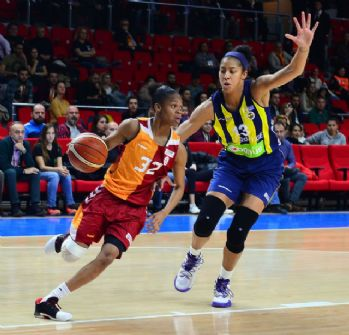 Kadınlar basketbolda derbi zamanı