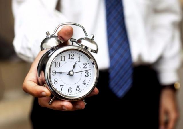 Çalışma hayatında yeni dönem! Mesai saatleri değişiyor